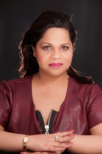 05f5499d0be872 Soraya présente sa propre émission de voyance sur Radio Astro ...