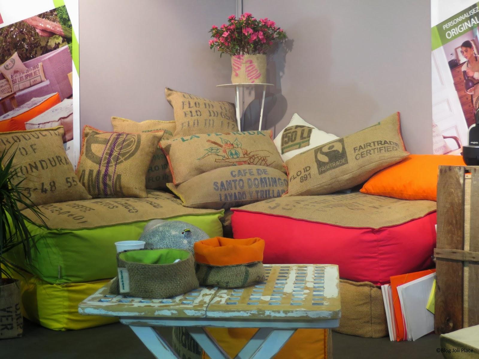 cabane indigo objets world design pour esprits voyageurs relations publiques pro. Black Bedroom Furniture Sets. Home Design Ideas