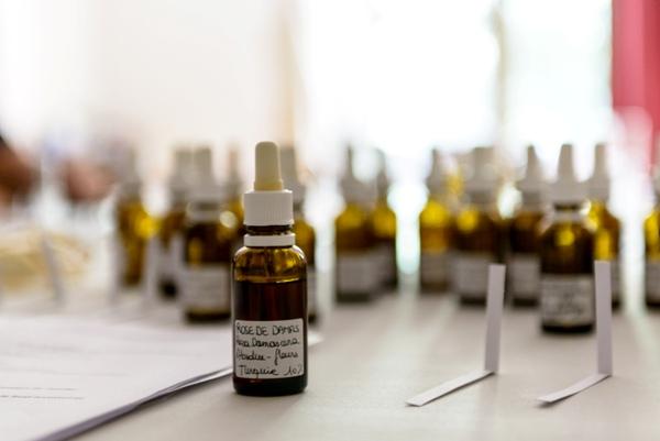 Les parfums et les huiles essentielles