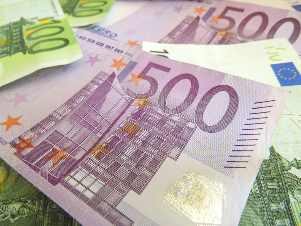 money-171540_1280