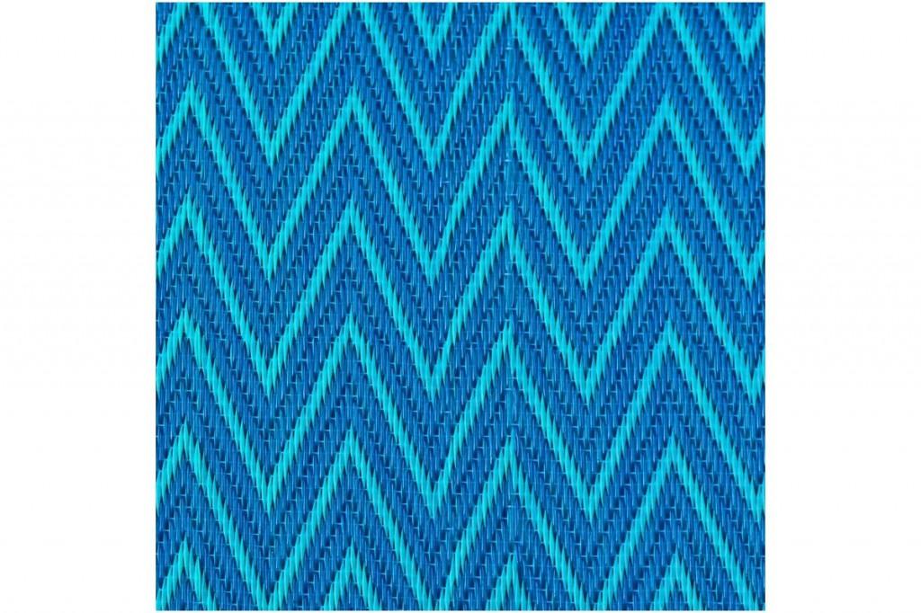 natte-africaine-plastique-zigzag-bleue-moyen-format