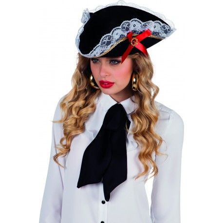 chapeau-de-pirate-femme-chic-avec-dentelles
