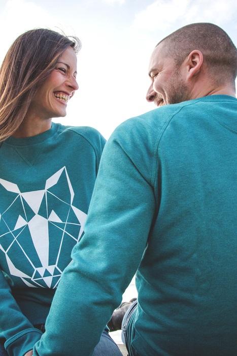 Loupp-sweatshirt-vert-emeraude-col-rond-mixte-homme-femme-tete-de-loup-serigraphie-blanche