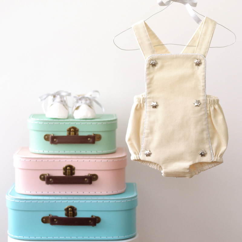 kit-couture-gilet-barboteuse-valise-4