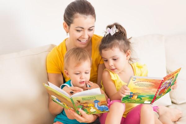 lecture avec maman