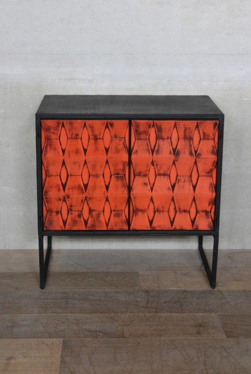 commode-industrielle-orangee