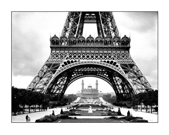 affiche-noir-blanc-roger-viollet-tour-eiffel-vieux-trocadero-1026