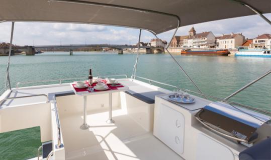 leboat-horizon-fundeck_rc