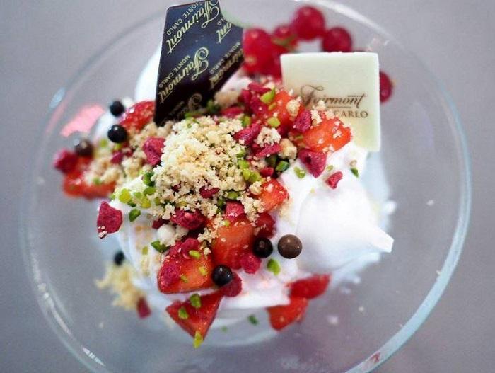 le yaourt glac u00e9 bio marguerite du pr u00e9   u00e0 consommer toute l