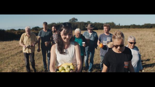 Film-manifeste-Biocoop-La-bio-nous-rassemble