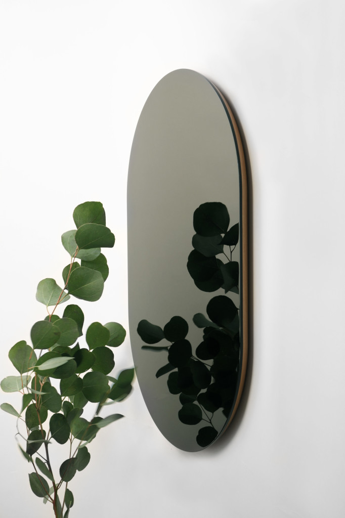 Atelier+Takumi+-+Shikkoku+mirrors+Oblong_+Crafted+by+Kunimoto+Lacquerware+designed+by+VoisinGuillemin+1