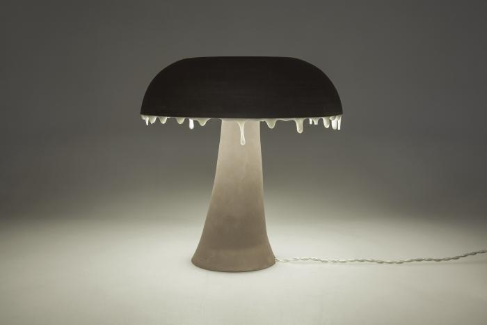 Collection Confluence -lampe fluide - grès noir et émail
