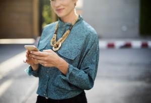 businesswoman-2386254_1920