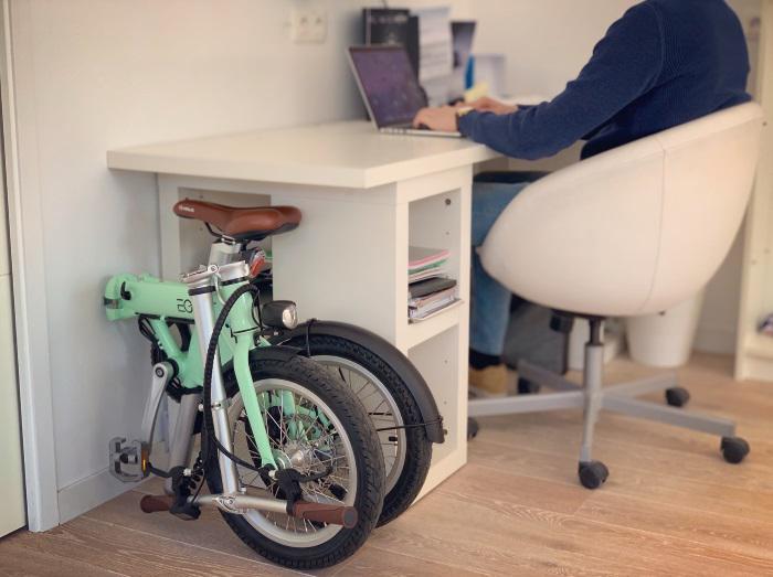 Plié sous bureau