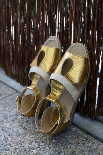 onatirel-chaussures-pinatex-ananas-salome-or-4-433x650