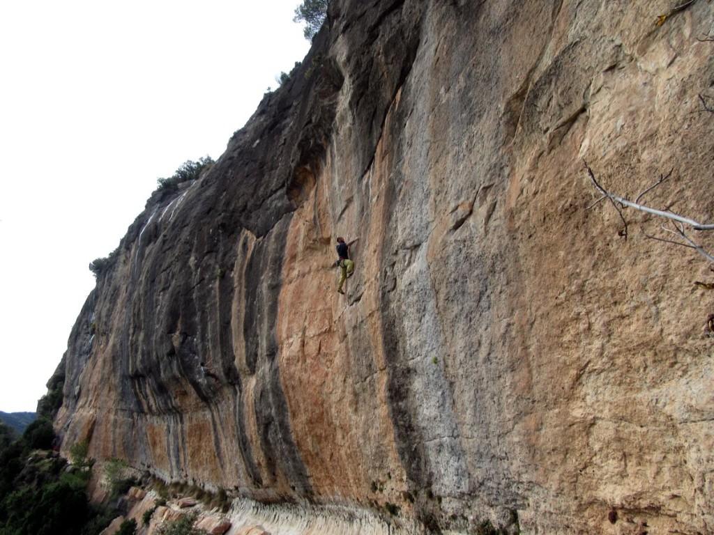 Climbing-Siurana-Campi-Qui-Pugui-Marc-Vilaplana-Climbing-Guide-1-e960bf13