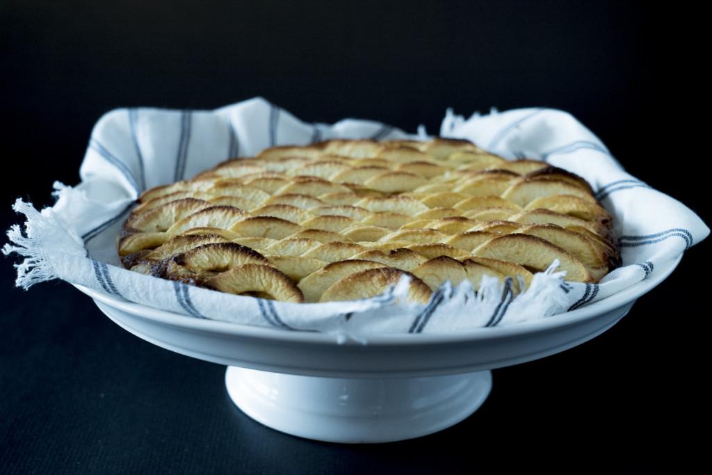 tarte aux pommes grande