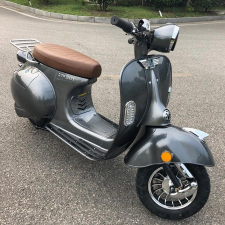 scooter-gris-2twenty_1