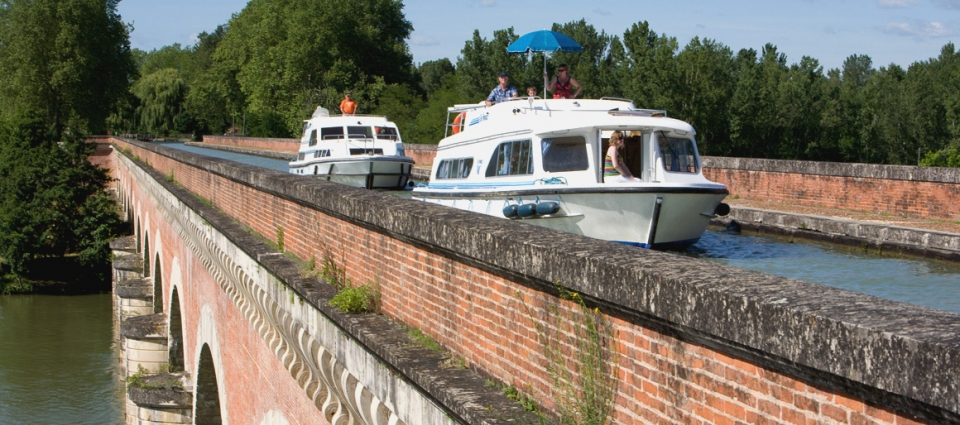 toulouse_rooftops_aquitaine_leboat_glg