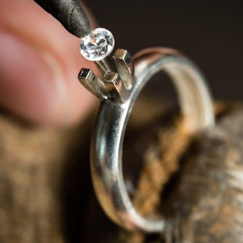 bague solitaire diamant sur mesure