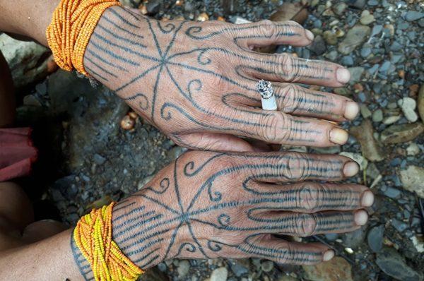 peuple-mentawai-sumatra-02-600x398
