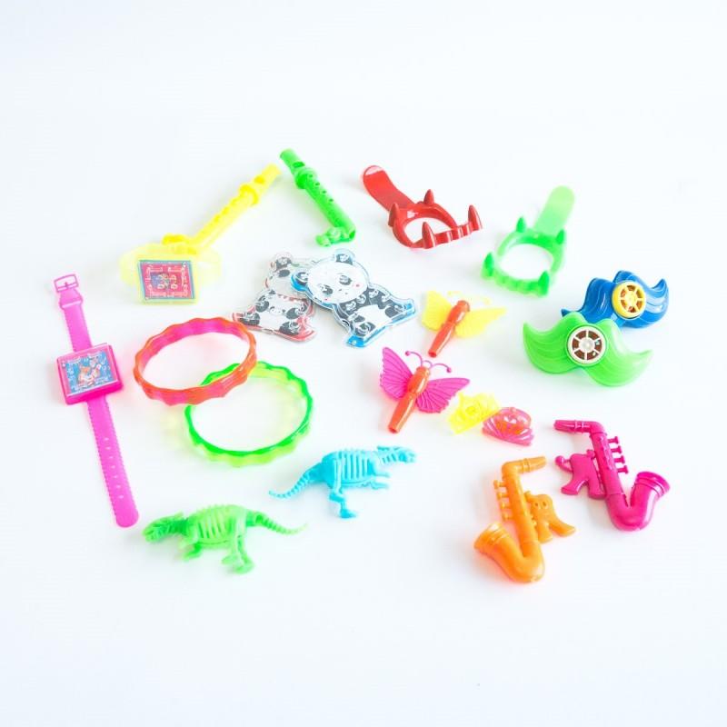 pack-pinata-coffre-aux-tresors-de-pirate-20-jouets