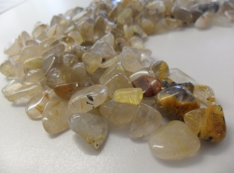 quartz-aux-rutiles-petites-pierres-prix-unitaire (1)