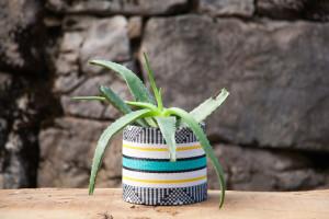Cache pot incassable qui s'ajuste au diamètre des pots en plastique recyclé