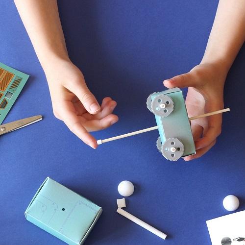kit-espace-fabriquer-robot-explorateur-enfants (2)