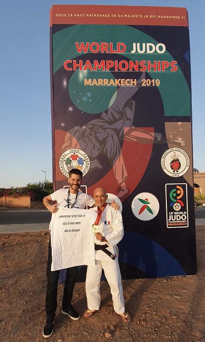 Pierre DAVID et Michel CONTE, qui est passé d'Eternel Challenger multi-finaliste Europe & Monde à Champion du Monde en moins de 2H30 grâce aux techniques de Dépolarisation®