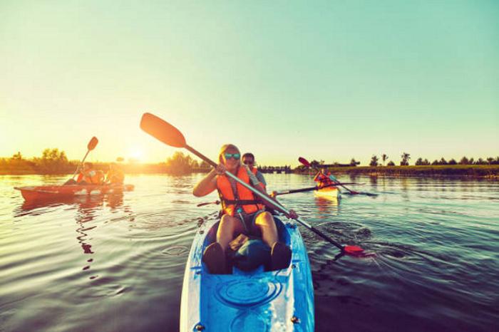 Canoe-equipe-Istock