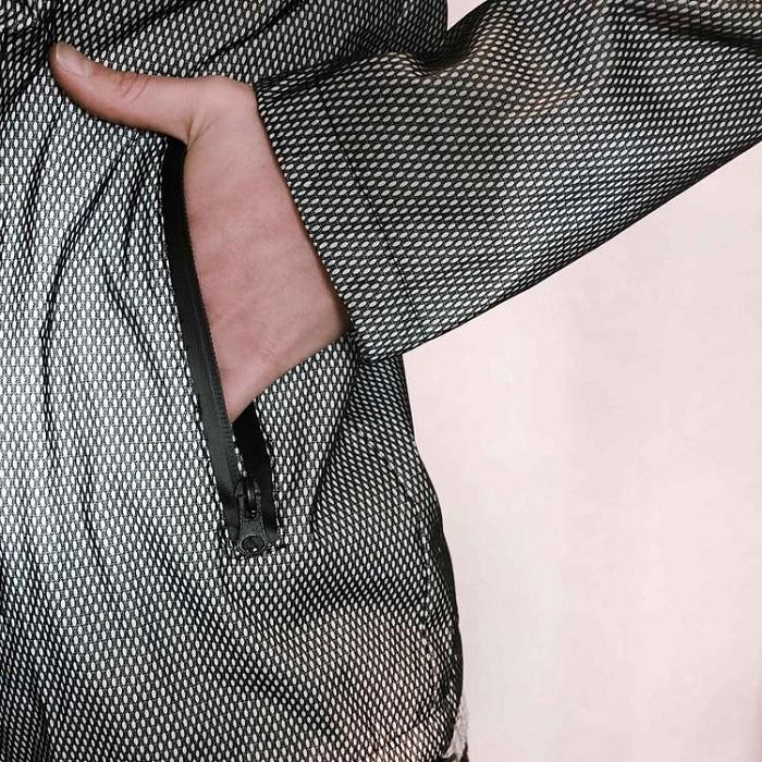 handpocketzipperwaterproofreflectjacket2_750x